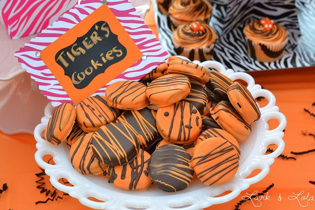 Tiger cookies, also known as chocolate covered oreos with stripes