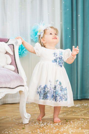 Alessia blue flowers and butterflies dress for special little girls. http://www.petitecoco.ro/shop/en/dresses-warm-season/344-alessia-flower-veil-dress.html