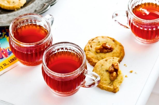 {Mulled port with stilton & walnut biscuits} End your Best of British dinner party with warming mulled port and tangy cheese biscuits.