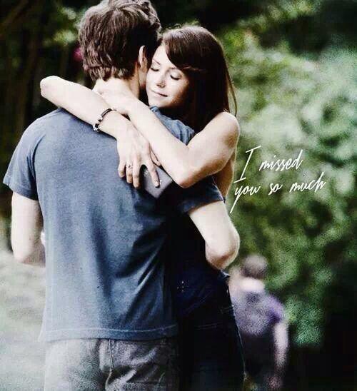 The Vampire Diaries - The Vampire Diaries - Nina Dobrev as Elena Gilbert & Paul Wesley as Stefan Salvatore