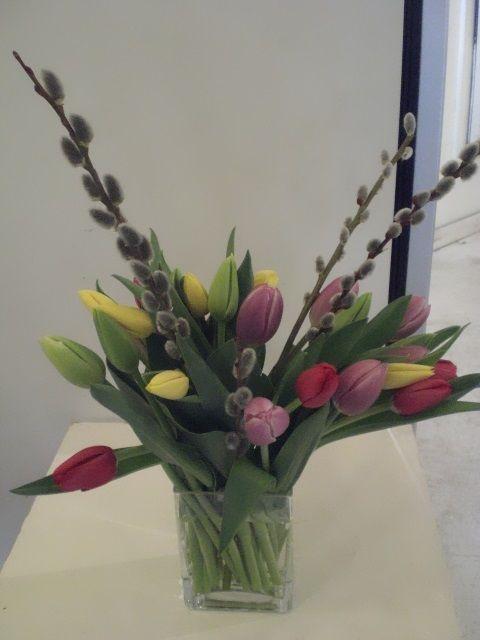 http://www.unny.com  tulip bouquet