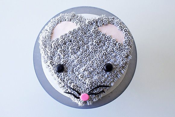How To Make A Fuzzy Mouse Cake - Handmade Charlotte