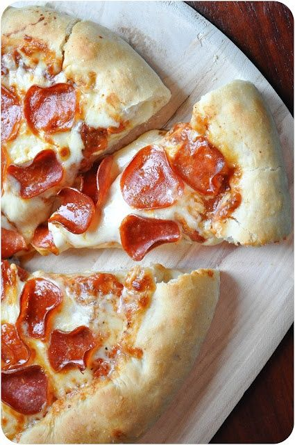 Stuffed Crust Pizza... very simple dough recipe. #pizza #pepperoni #crust