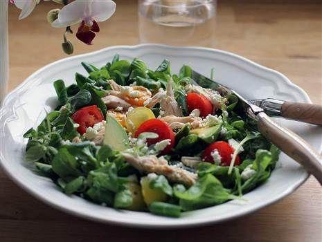 Kycklingsallad med fetaost och avokado