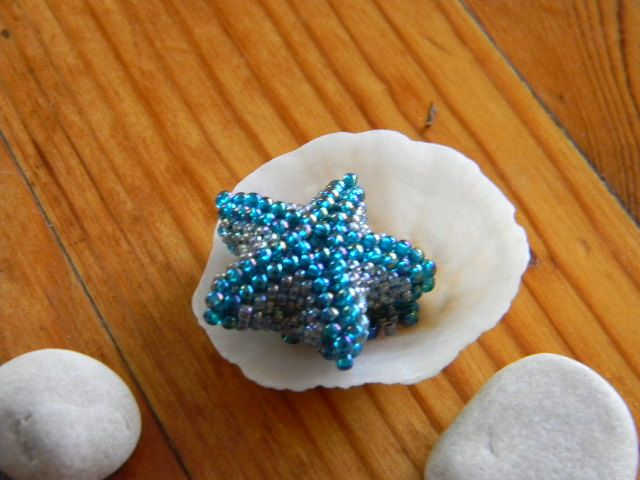 Nice little Starfish tutorial. Follow the pix and not the wording as they don't always match-pix are correct. Use longer thread than suggested-I ran out.