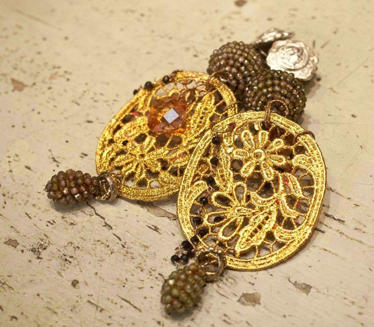 #gold #gioielli #orecchini #giuseppinafermi #texturesandcolors