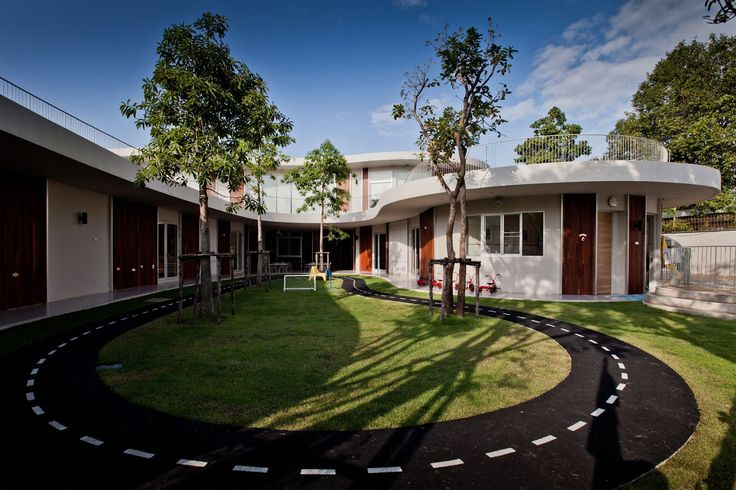 Completed in 2012 in Bangkok, Thailand. Images by Ketsiree Wongwan. This project is mainly intend to find the new perception of playing space that should give more opportunity for the kids to use the space up to their...