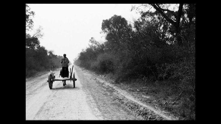Grito Santiagueño - Raúl Carnota  ...cuando muera tal vez mezclado con l tierra florezca en vaina de algarroba en alguna primavera...