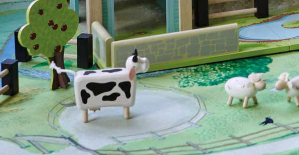 A Farm Themed Play Mat To Help Your Children To Create All