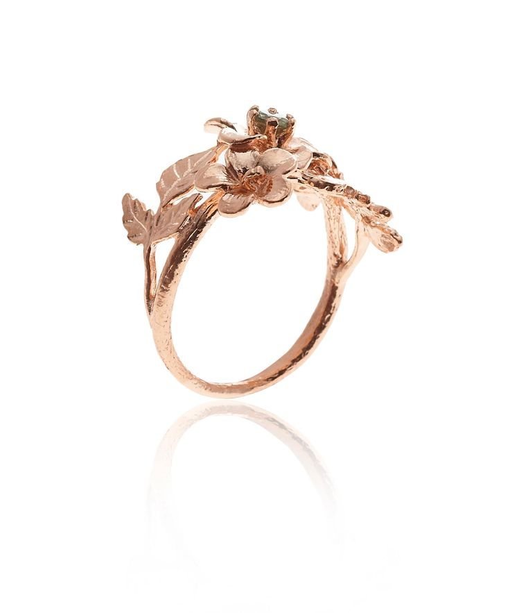 We are loving rose gold right now - and Alex Monroe has a lot to offer! This beautiful three flower rose gold plated ring is on our wish list.
