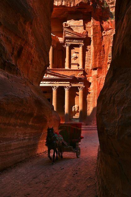 Glimpse of an ancient wonder, Petra, JordanBuckets Lists, Favorite Places, Favourite Places, Wonder Places, Beautiful Places, Ancient Cities, Ancient Wonder, Indiana Jones, Petra