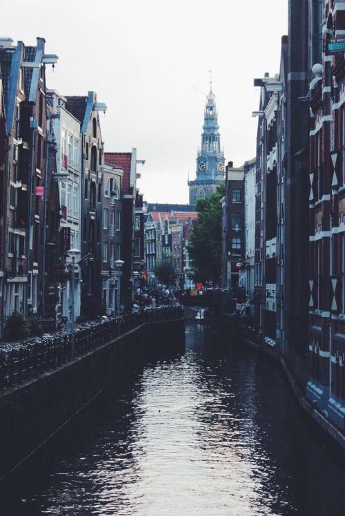 travelingcolors: Canais de Amsterdão    Países Baixos (por Nacho Coca) Encontre-me no Instagram