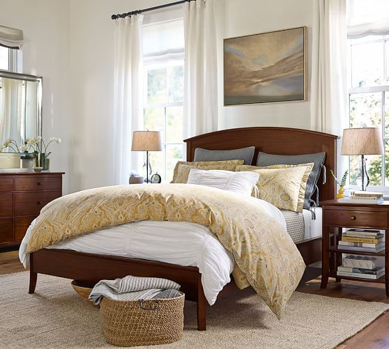 Pottery Barn Love The Basket At The Foot Of The Bed With