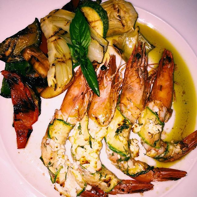 Yammy! Doesn't looks tasty? #SeaFood #AnemiHotel #Folegandros #Gastronomy Photo credits: @yuhuagolnick