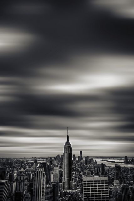 Incredible image of #Manhattan. By Brad Sloan, taken on April 20, 2012 using a Canon EOS 50D.