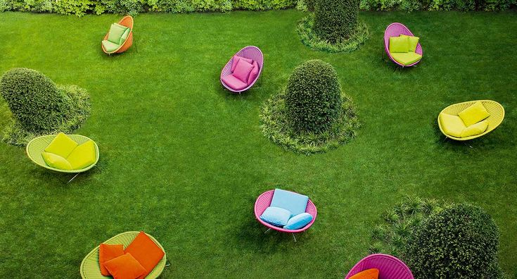 Nido lounge chair (outdoor) — West | Out East