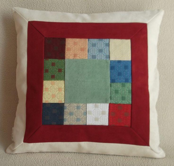 Cuscino decorativo cm 45 x 45, PEZZO UNICO, tecnica patchwork - Decorative pillow 17,71 x 17,71 inch, UNIQUE, patchwork technique. di RITALYstyle su Etsy