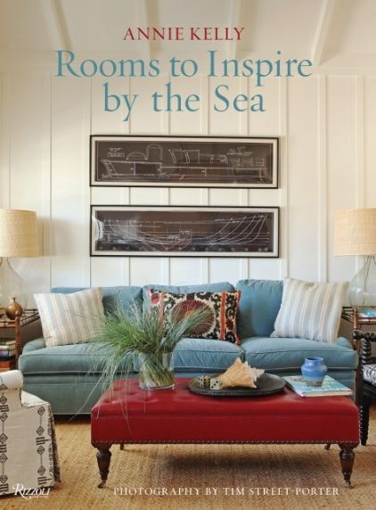 Summer & Coastal decor inspiration: Rooms to Inspire by the Sea (via Houzz): Decor, Worth Reading, Annie Kelly, Beach House, Books Worth, Living Room, Sea, Inspire, Rooms