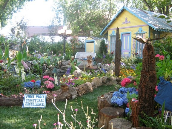 Garden displays at the Alameda County Fair.