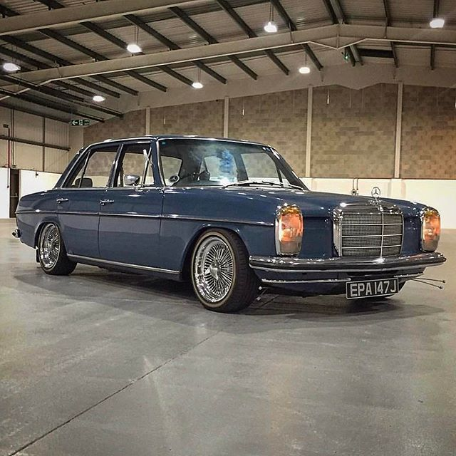 WEBSTA @ w115club - #mercedes #mb #mercy #mbclassic #mbenz #w115 #w114 #200d #240d #300d #e200 #e250 #e280 #w115club #club #cars #classic #classiccars #soloparking #germancars #diesel #coupe #sedan  #clubmates #caroftheday #carsogram #photooftheday #stroke8 Photo by @benzzsquad