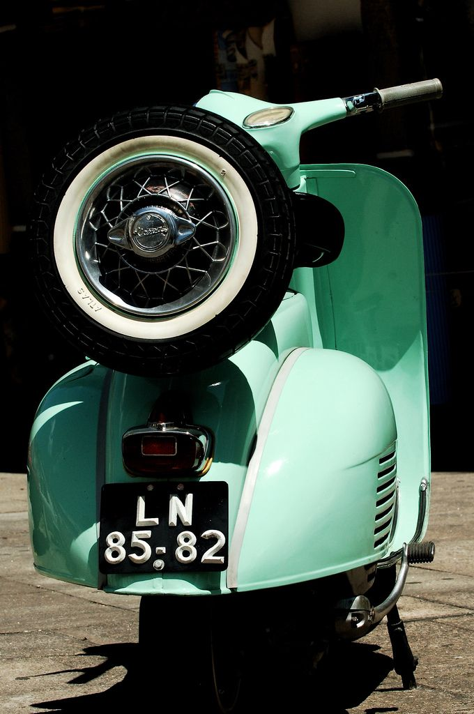 "Vintage ""Vespa"" I want this one!"