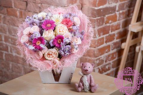 Букет Идивидуэль из живых цветов заказать с доставкой в Москве