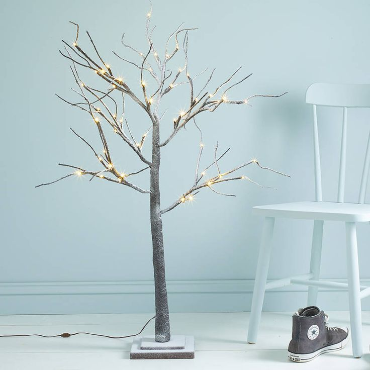 Greet your guests in style this winter with this beautiful artificial snow tree.This twig tree stands at 120cm in height making it the perfect addition to any hallway, porch or entrance this festive season. With its wired branches you can make it as space saving or as fulsome as you fancy depending on your mood this Christmas. With 48 cosy warm white LED bulbs and snow effet, this indoor tree gives off a warm welcoming glow. Supplied with a low voltage transformer (plug) this pre lit tree is…