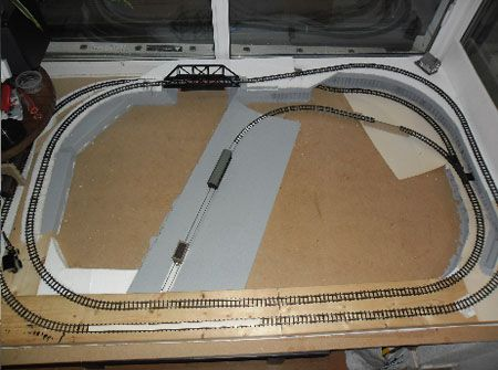 how to make a model train layout