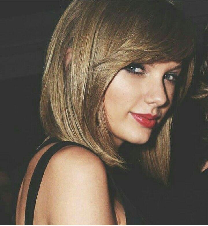 .Taylor Swift.