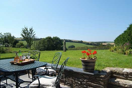 Meadows (2616) is a Cornish holiday cottage for six near Looe