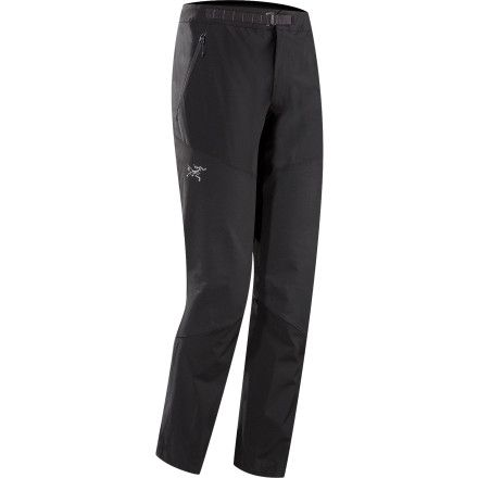 Stretchy, weather-resistant Fortius fabric in the Arc'teryx Men's Gamma Rock Softshell Pants gives you the flexibility and weather protection you need when you're climbing high in the backcountry.