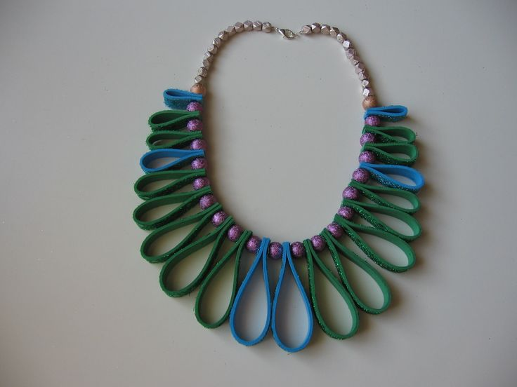 Neoprene necklace with beads