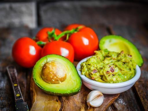 Guacamole à ma façon (épices et coriandre) : Recette de Guacamole à ma façon (épices et coriandre) - Marmiton