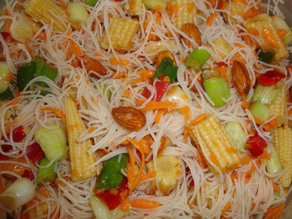 Bucataria cu noroc - Salata tailandeza