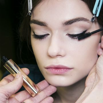 We love some good beauty tips, so we've rounded up our best get-gorgeous tricks in one spot.