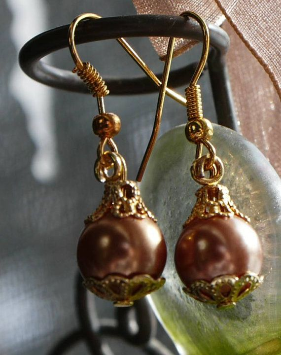 Vintage Champagne Elegant Pearl earrings by sharonkindig on Etsy, $6.00