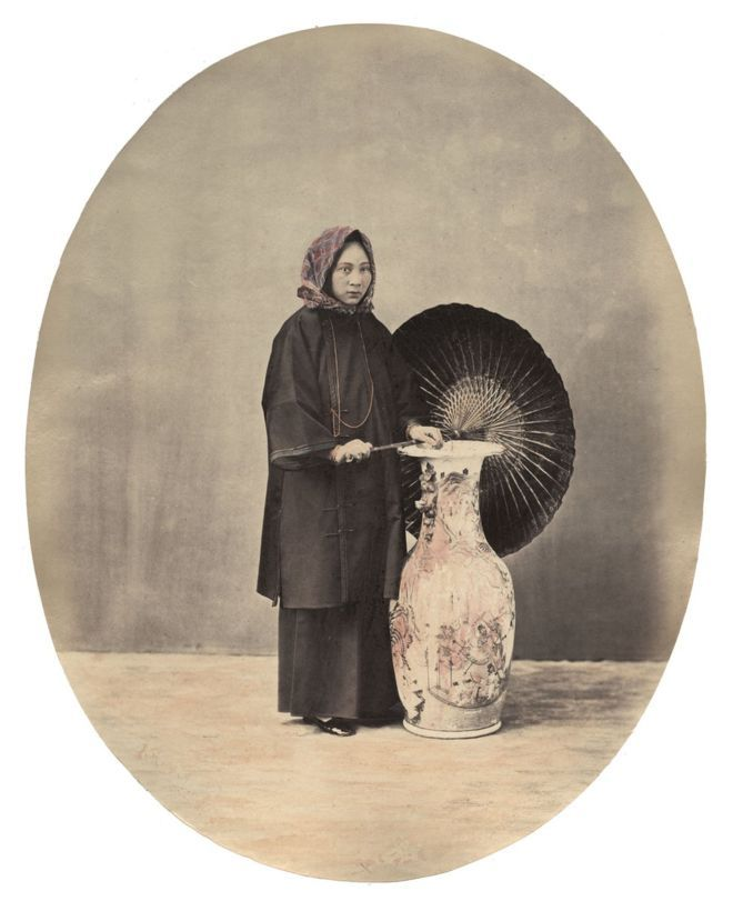 William Saunders, A Young Lady from Canton, 1860s-1870s, Hand-tinted albumen silver print. No. 25 in Sketches of Chinese Life and Character series
