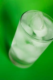 #vivapositivamente @cozinhaconversa mostra a importancia da agua para o cerebro. http://conversasdecozinha.blogspot.com.br/2012/04/fique-atento-agua-falta-dela-pode.html