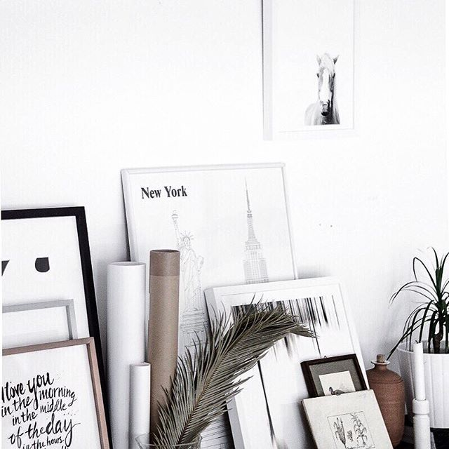 Good morning! Wishing you all a great start of the week 🌿 #studio #prints #posters #walldecor #onthewall #minted #posterclub #tv_allwhite