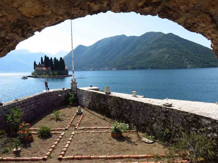 A Guide to Lapad Croatia: Just 4km From Dubrovnik's Old Town!
