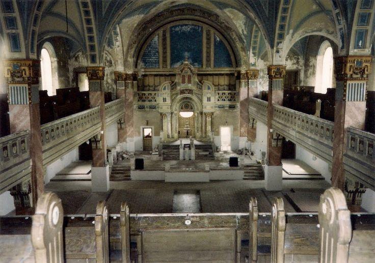 Liptovsky Mikulas synagogue interior