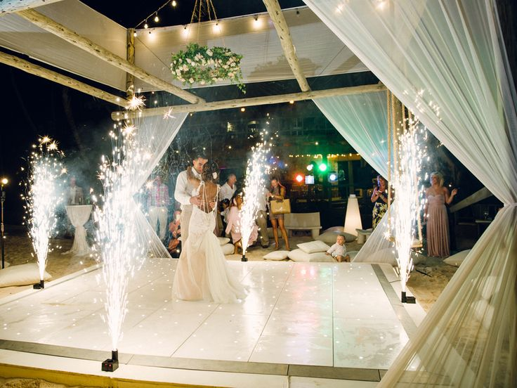 We've been featured once again!! Click here to view the complete gallery of our dreamy photos on Aisle Perfect | asiapimentelphotography.com