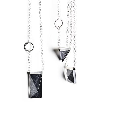 Crystal jewellery handmade at Målerås Glassworks. Design Lina