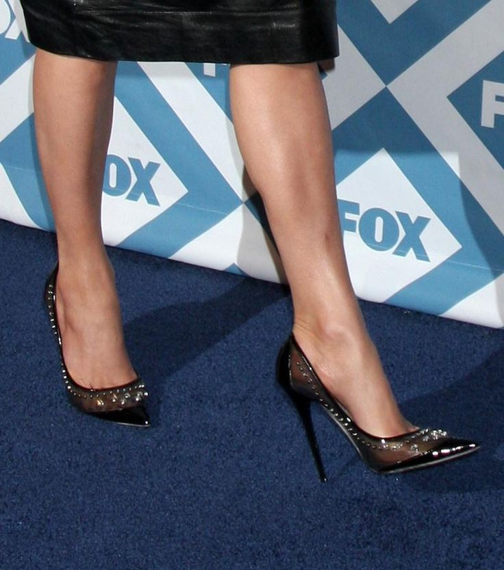 Jennifer Lopez rocking some studded Jimmy Choos at the 2014 Fox All-Star  Party.