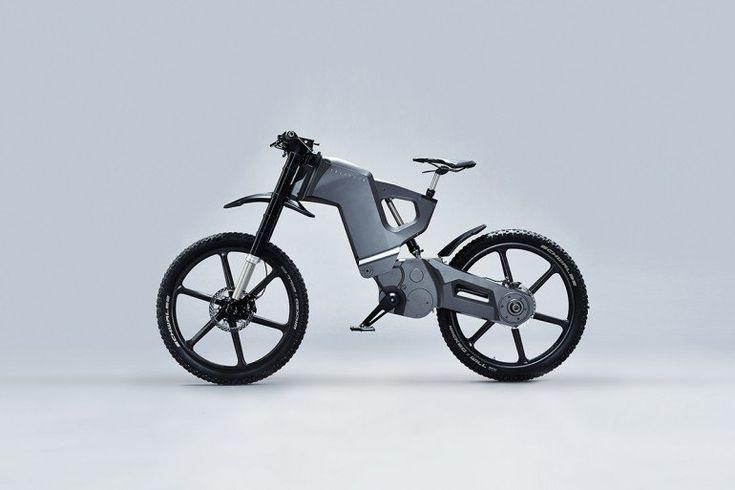 Электрический складной велосипед Trefecta DRT за 25 000 долларов, признанный в армии. Дизайн армейской алюминиевой рамы нового Trefecta DRT больше соответствует мотоциклу, чем велосипеду. Это вполне естественно, поскольку этот складной электровелосипед нацелен на то, чтобы «создать новое развлечение, а не изменить старое». В создании Trefecta DRT участвовал дизайнер самого мощного в мире электрического суперкара, который решил сделать больше чем просто педальный велосипед.