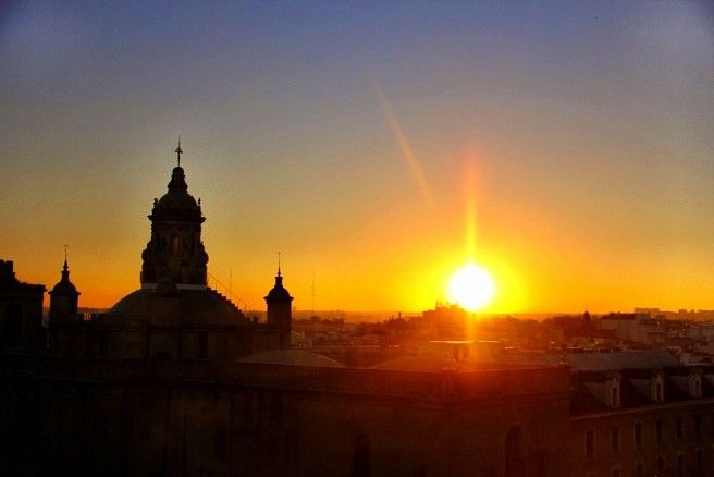 Sevilha é a 4a maior cidade da Espanha e tem muitos passeios e atrações culturais. Se o tempo for curto, fica a dica de pelo menos 5 passeios imperdíveis.