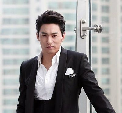 From Boys to Men: A Stalker's Guide to Korean Eye Candy Over 30 acthttp://static.askkpop.com/images/celebs/Korea/4833/Joo_Jin_Mo_1974__212.jpg