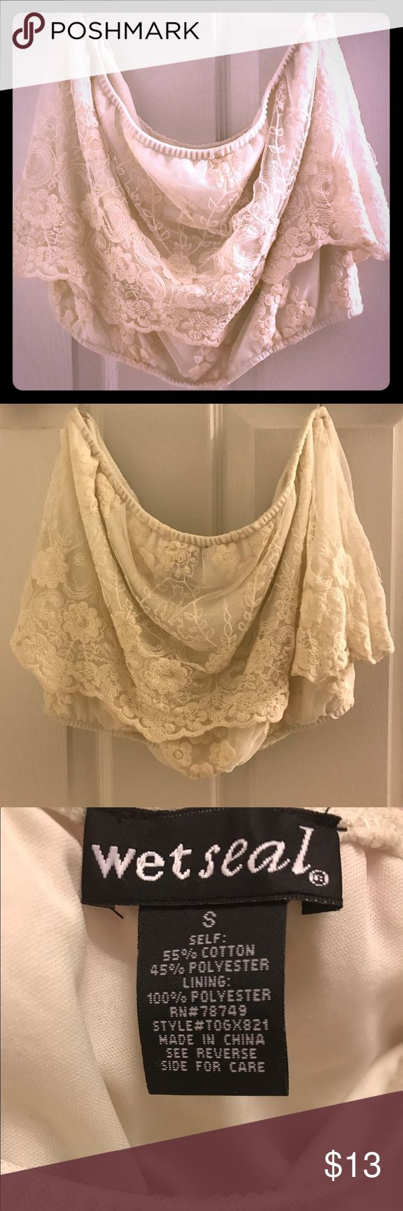 😘Floral Embroiled Cream Crop Top This adorable Top is ready for a new home! It has been sitting and sitting in my closet! Wore one time so it's ready for a new home! Super cute with distressed jeans or shorts with a cute wedge😍 Wet Seal Tops Crop Tops