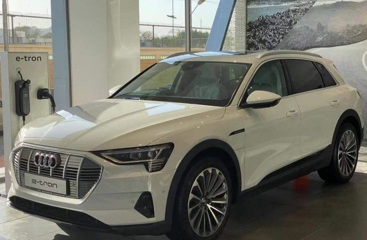 Audi E Tron Quattro First Electric Suv By Audi For Pakistan Fairwheels In 2020 Audi E Tron Audi Suv
