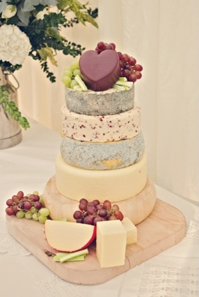 I am specially in love with this trend of having a savory tower of cheese instead of a #WeddingCake!